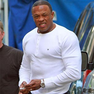 """Kush"" Gives Dr. Dre First Solo Chart Appearance Since 2000"