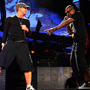 """Eminem to Broadcast """"Home and Home"""" Concert on New Year's Eve"""