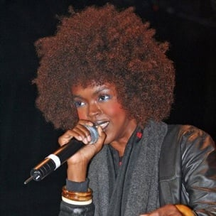 Lauryn Hill Sued For Allegedly Keeping Clothes From 2007 European Tour