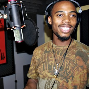 """B.o.B. Explains Theme Behind Potential """"The Man And The Martian"""" Album With T.I."""