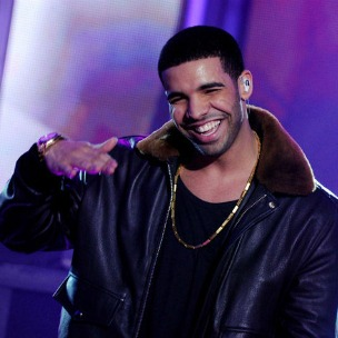 "Drake Joins Fan In Karaoke Version Of Rihanna's ""What's My Name?"""