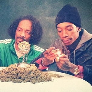 "Snoop Dogg Nominates Wiz Khalifa For High Times's ""Stoner Of The Year"""