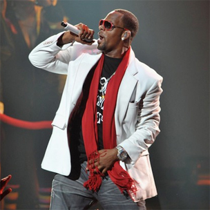 """R. Kelly To Release More Chapters Of """"Trapped In The Closet"""""""