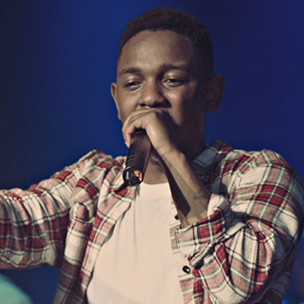 """Kendrick Lamar Performs With The Roots On """"Late Night With Jimmy Fallon"""""""