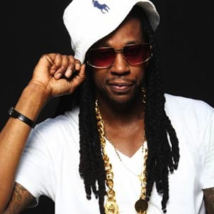 """2 Chainz Performs """"Birthday Song,"""" """"I'm Different"""" At 2012 BET Hip-Hop Awards"""