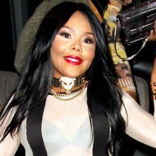 "Lil' Kim Threatened With Lawsuit Over ""Dead Gal Walking"" Cover Art"