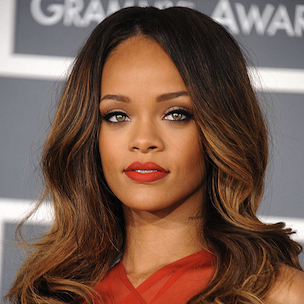 "Rihanna Sues Former Accountant & Says She Was ""Effectively Bankrupt"" In 2009"