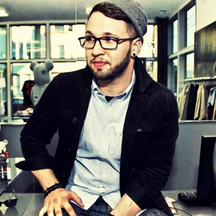 """Andy Mineo Responds To """"Never Land"""" Debuting At #2 On iTunes"""