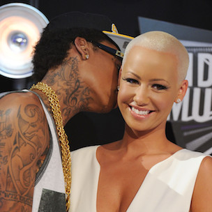 "Amber Rose Twerks In Celebration Of Wiz Khalifa's #1 Album ""Blacc Hollywood"""