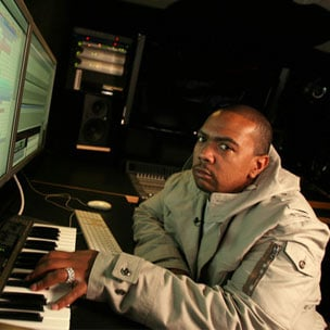 "Timbaland Previews Unreleased Version Of Rick Ross & Jay Z's ""Movin' Bass"""