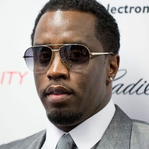 "Puff Daddy Encourages All To ""Hustle Harder"" In 2015"