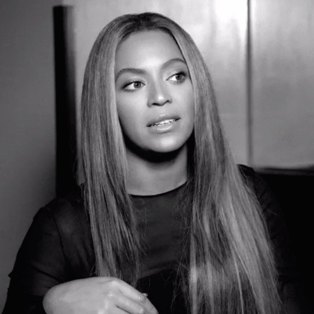 All Eyez On Memes: Beyonce & Rihanna's Met Gala Dresses, Lil Wayne Thoughts On Young Thug