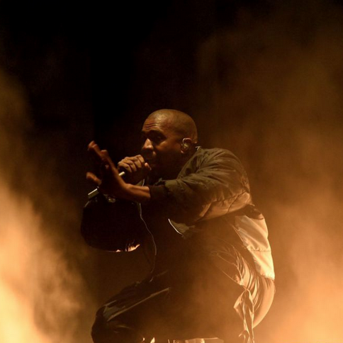 Kanye West Apologizes To Fans For Censored 2015 Billboard Awards Performance