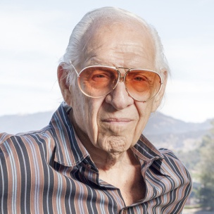 """Eazy-E Not Shown In The Proper Light In """"Straight Outta Compton,"""" Jerry Heller Says"""