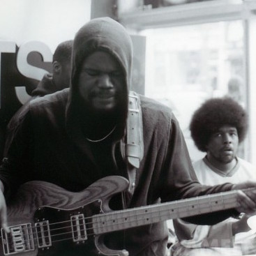 """Former The Roots Bassist Leonard """"Hub"""" Hubbard Suing Questlove, Black Thought & Group's Manager"""