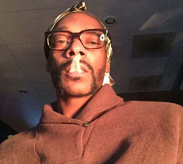 """An Unapologetic Snoop Dogg Says """"Fuck The Oscars"""""""