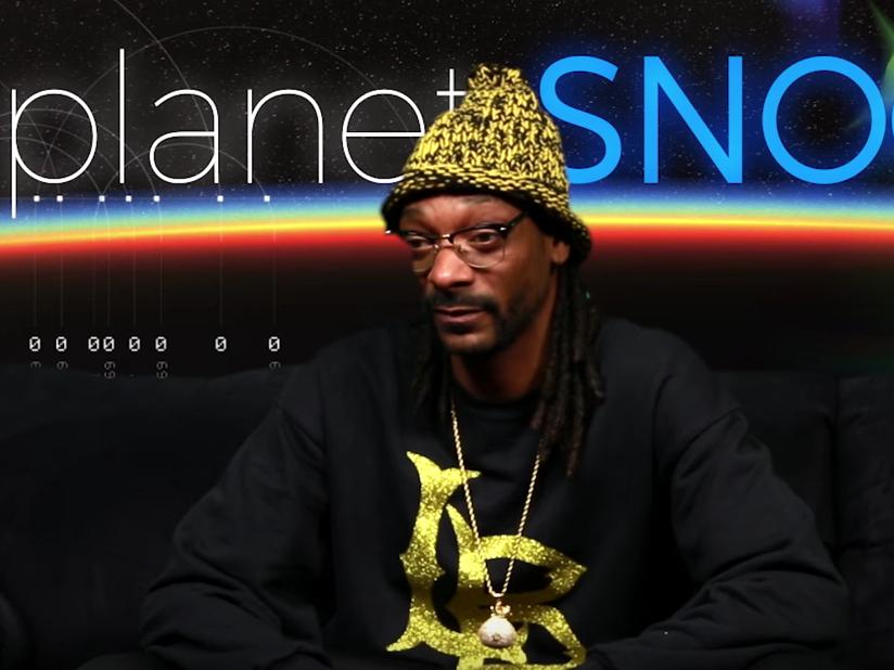 """Snoop Dogg Hosts """"Planet Snoop"""""""