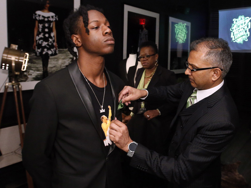 """Joey Bada$$ Explains How Jay Z's """"Decoded"""" Shaped His Business Perspective"""