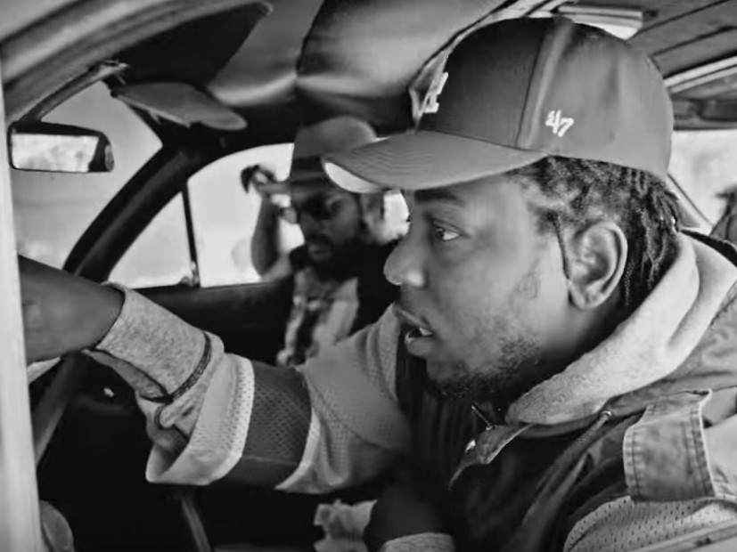 """Kendrick Promises To """"Keep Kickin' That Real Muthafuckin Shit"""" After Winning Lyricist Of The Year At 2016 BET Hip Hop Awards"""