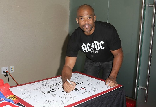 """Darryl """"DMC"""" McDaniels Pays It Forward With New Memoir, """"Ten Ways Not To Commit Suicide"""""""