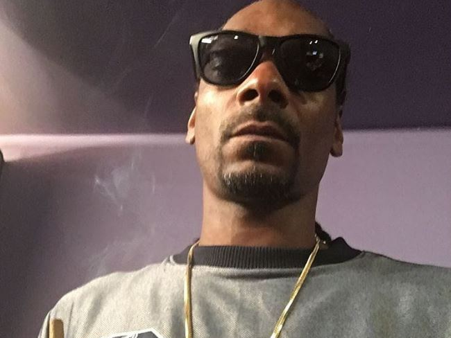 "Snoop Dogg Responds To Being Called An ""American Treasure"""