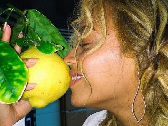 """The Truth Behind Beyonce's """"Becky With The Good Hair"""" Lyric Revealed"""