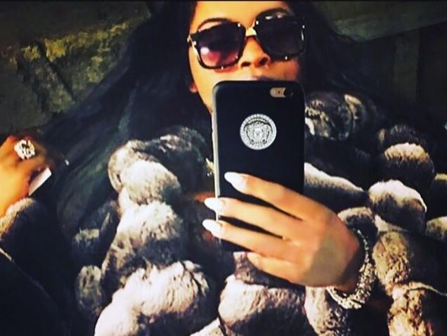 Foxy Brown Throws A Bit Of Shade Toward Lil Kim & Yes, It Involves Nicki Minaj