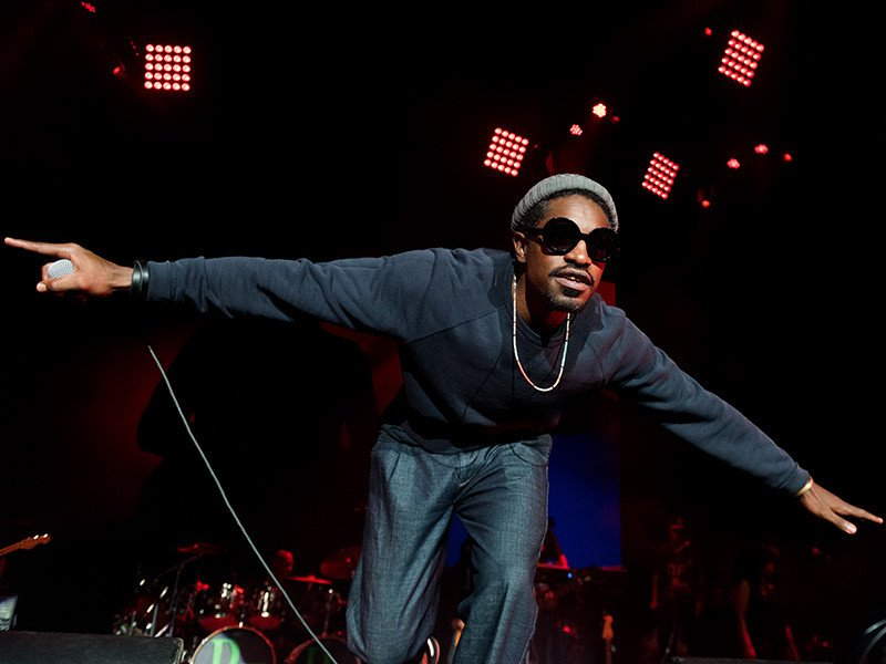 Andre 3000 Is Quietly Killing It In 2016