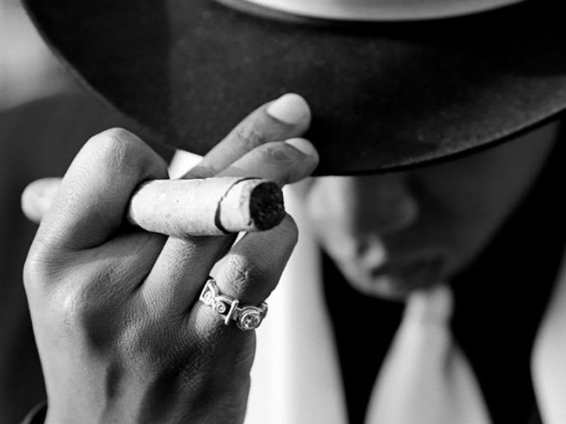 """Jay Z's """"Reasonable Doubt"""" Lands Pop-Up Shop For 20th Anniversary"""