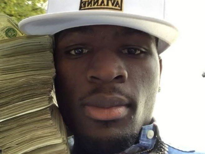 Ralo Makes It Rain On Homeless After Tiring Of Strip Clubs