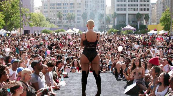 #FOMOBlog: Amber Rose Powers Up #Slutwalk, Talib Kweli's Live Lyricism