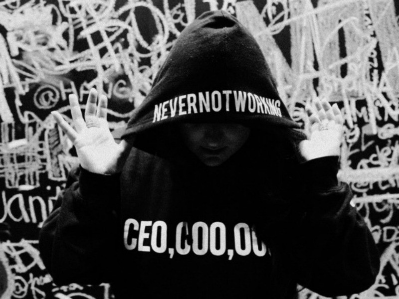 2 Chainz's CEO Millionaires Brand Partners With Social Media Star YesJulz