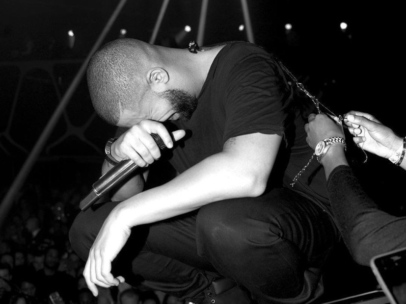 """Drake's """"VIEWS"""" Was Highest-Selling Album Of 2016"""