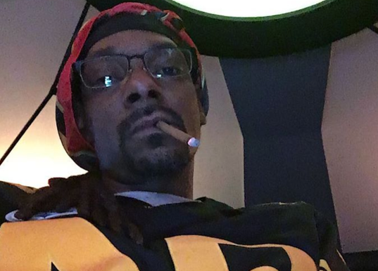 Snoop Dogg Feels DJs Are Scared To Take A Chance On Records