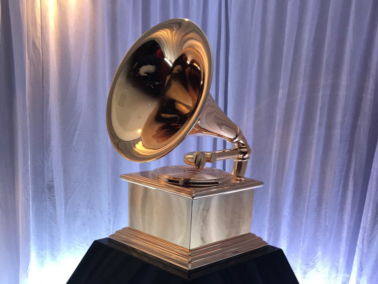 #FOMOBlog: Chance The Rapper & Solange Backstage At The Grammys