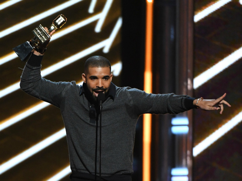 Drake Salutes Ludacris & Shoots His Shot At Vanessa Hudgens In Billboard Music Awards Acceptance Speech