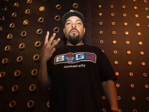 Ice Cube Signs With Interscope Records