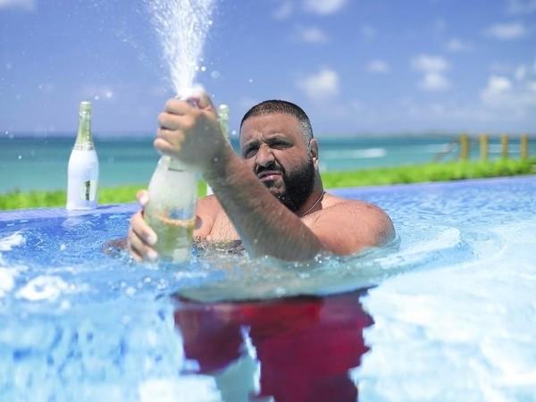 "Hip Hop Album Sales: DJ Khaled's ""Grateful"" Still #1, Jay-Z's ""4:44"" Didn't Chart Despite Going Platinum"