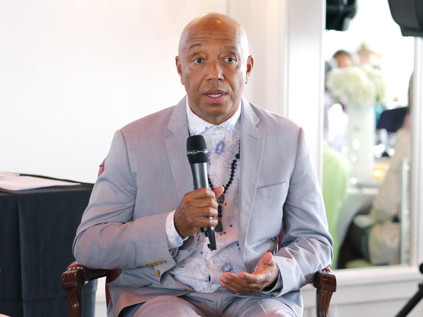 "Russell Simmons Reflects On Dick Gregory's Political Impact & Explains ""All Def Comedy"" Relaunch"