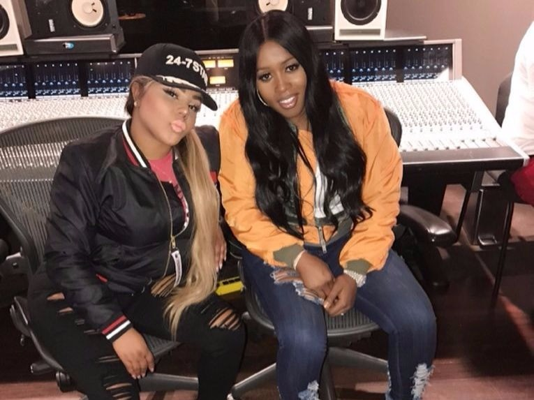 "Lil Kim & Remy Ma Are ""Making History"" In The Studio"