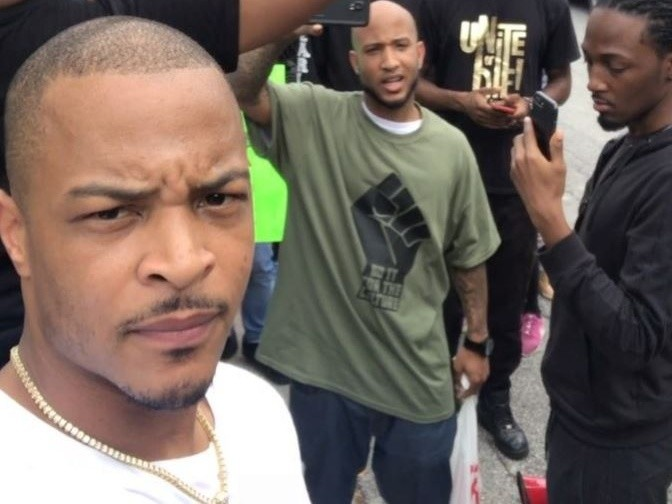 T.I. Joins Protest Against Atlanta Restaurant For Alleged Racial Profiling