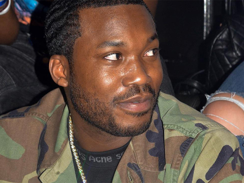 "Petition To ""Save Meek Mill"" Quickly Gaining Signatures"