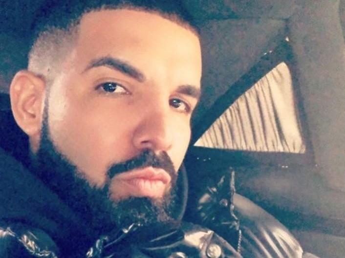 "Drake Laughs Off His Bootleg Album ""Scriptures"""
