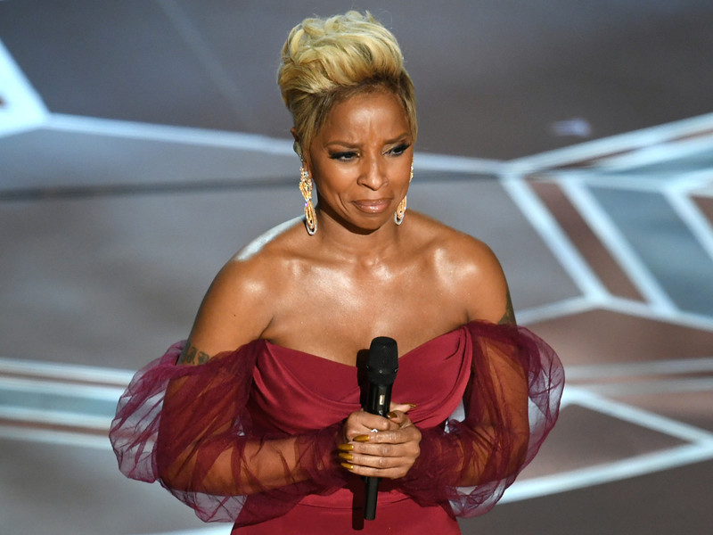 "Mary J. Blige Performs ""Mighty River"" At Oscars 2018"