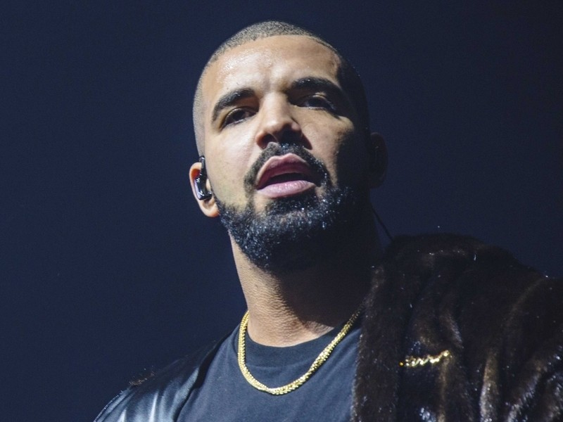 Drake Teases Murda Beatz-Produced Single On Instagram Live