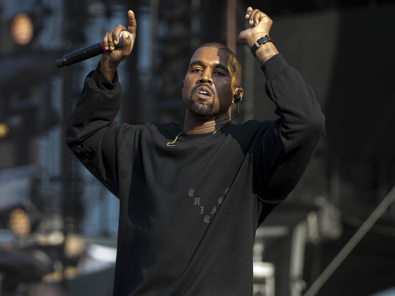 Writer Pokes Fun At Kanye West In Hilarious New Sci-Fi Screenplay