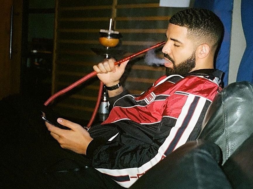"""Drake """"Too High"""" For Latest """"Atlanta"""" Episode About Him"""