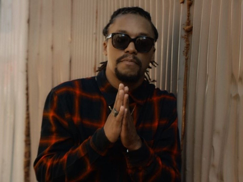 """Lupe Fiasco Gives Update On """"Drogas Wave"""" & """"Skulls"""""""