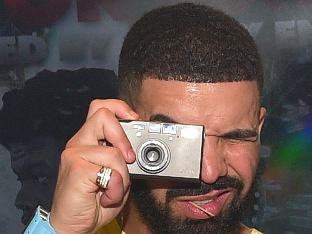 """Drake Pulled Over, Calls Police Officer """"Cute"""" & Instagrams The Incident"""