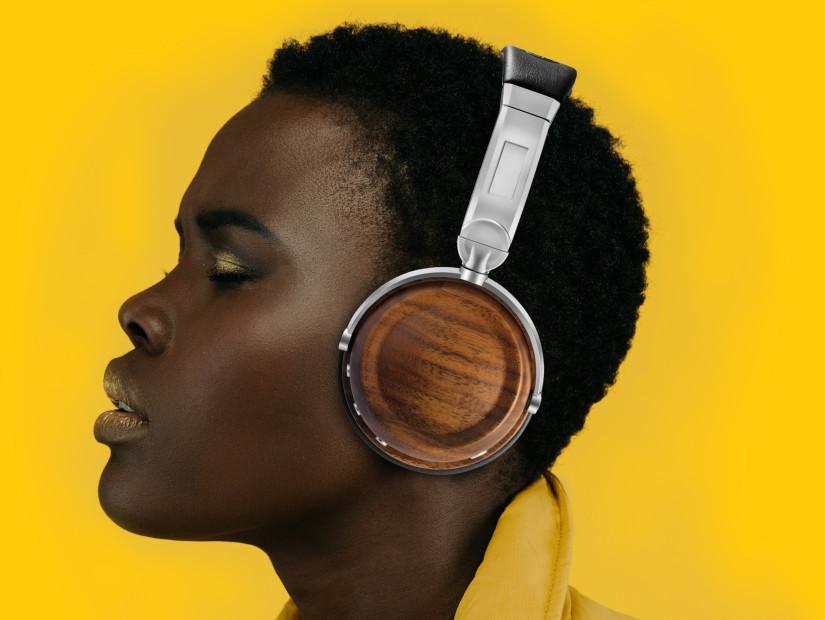 "Audio Expert & EVEN Headphone Creator Danny Aronson Explains ""Yanny Or Laurel"" Science"